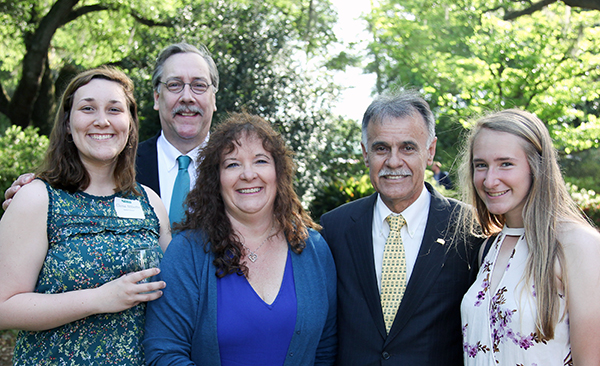 Abbotts family